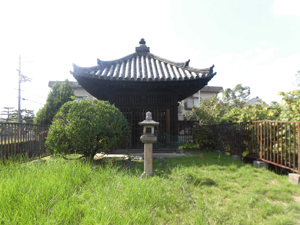 筒井順慶のお墓